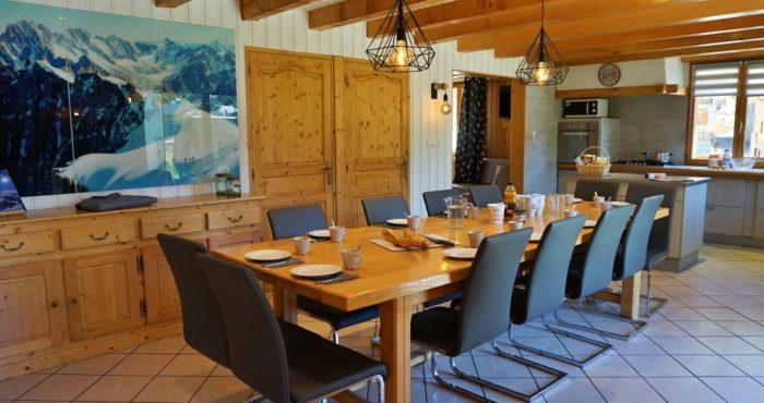 Chalets-Lacuzon Snow Valley table conviviale