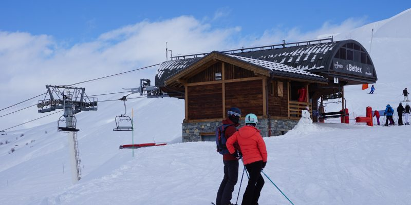 Arrival-of-the-chairlift-le-Bettex